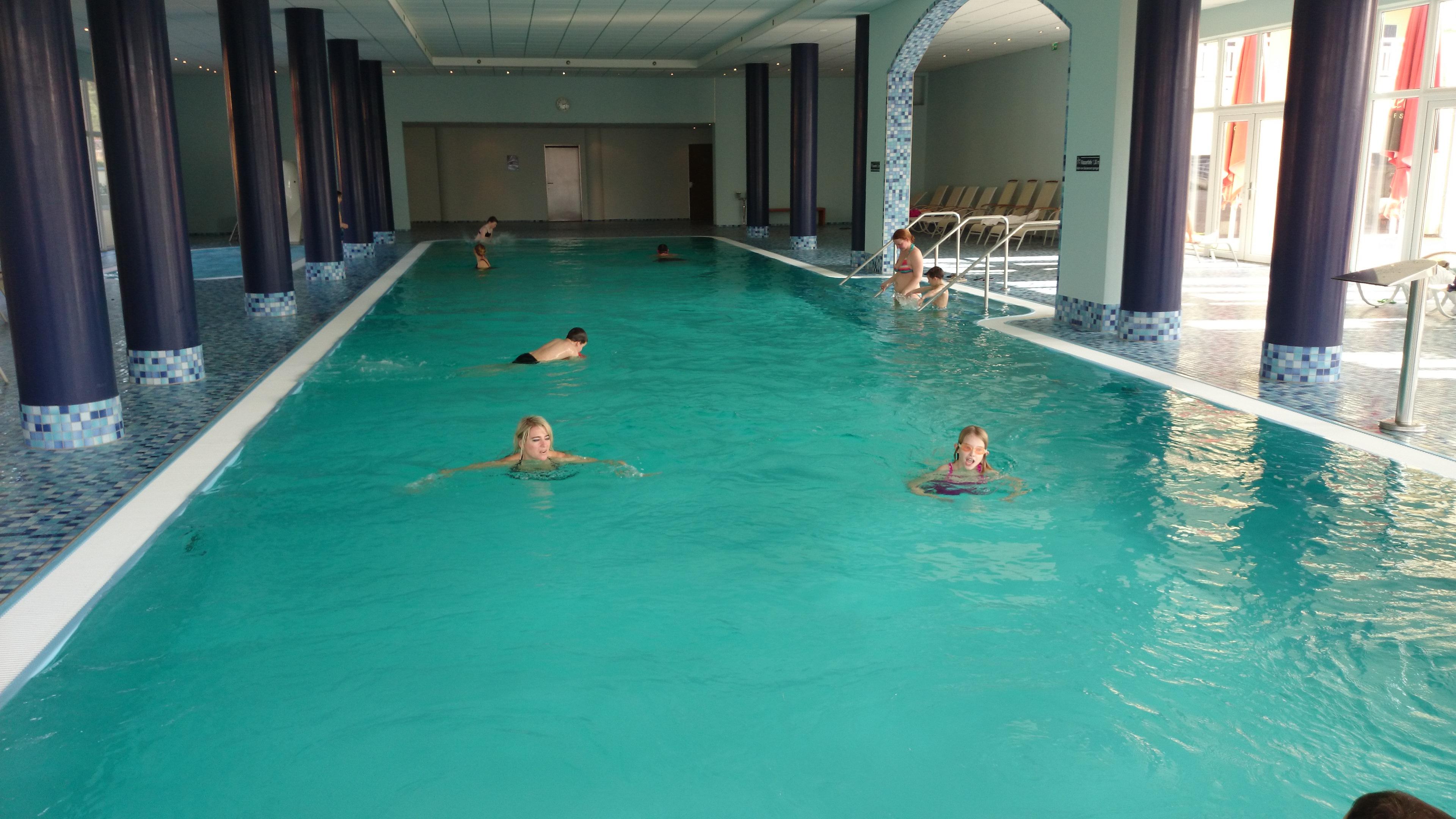 Hallenbad im Maritim-Hotel Rheinsberg